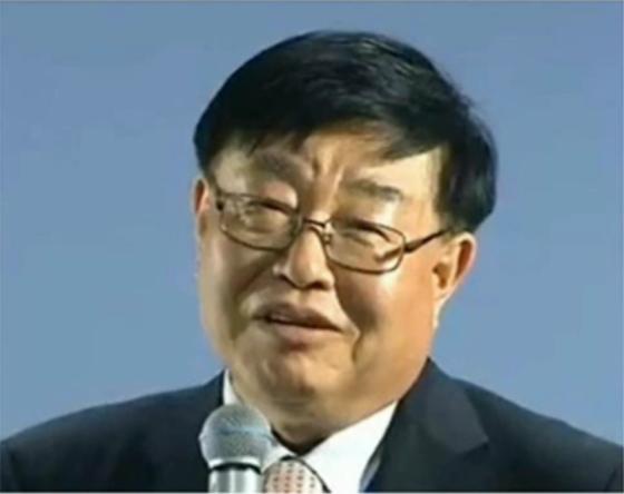 Доктор Сонг Хе Бок - создатель ФанДетокса
